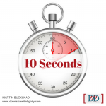 how long will a recruuter look at your resume - 10 seconds